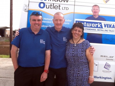 A radio advert featuring Network Veka brand ambassador and former snooker world champion, Steve Davis (pictured centre), has reportedly potted thousands in sales for The Window Outlet
